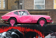 banksy_pink_car_drips