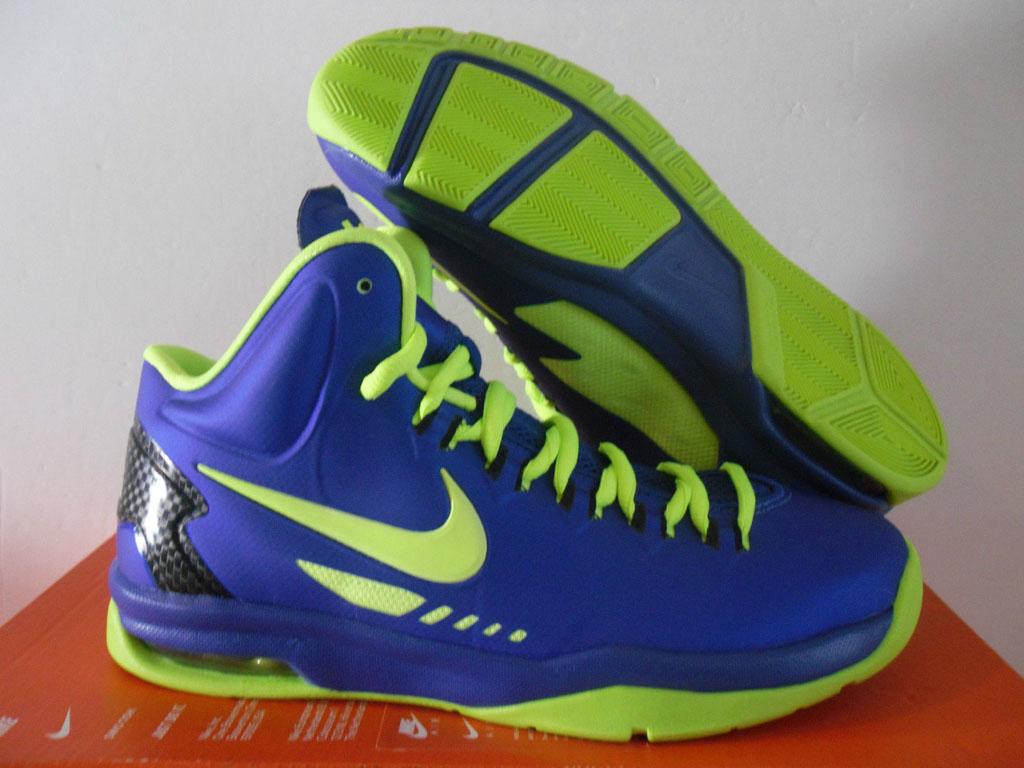 sneakers fake